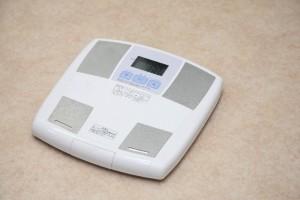 恐怖の体重計